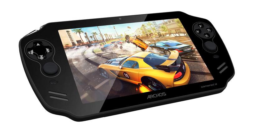 Archos GamePad 2 - połączenie 7-calowego tabletu oraz konsolki przenośnej. Ciekawa sprawa za rozsądną cenę (około 499 zł) /materiały prasowe