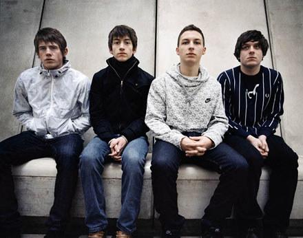 Arctic Monkeys /