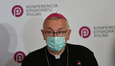 Arcybiskup krytykuje rząd PiS-u