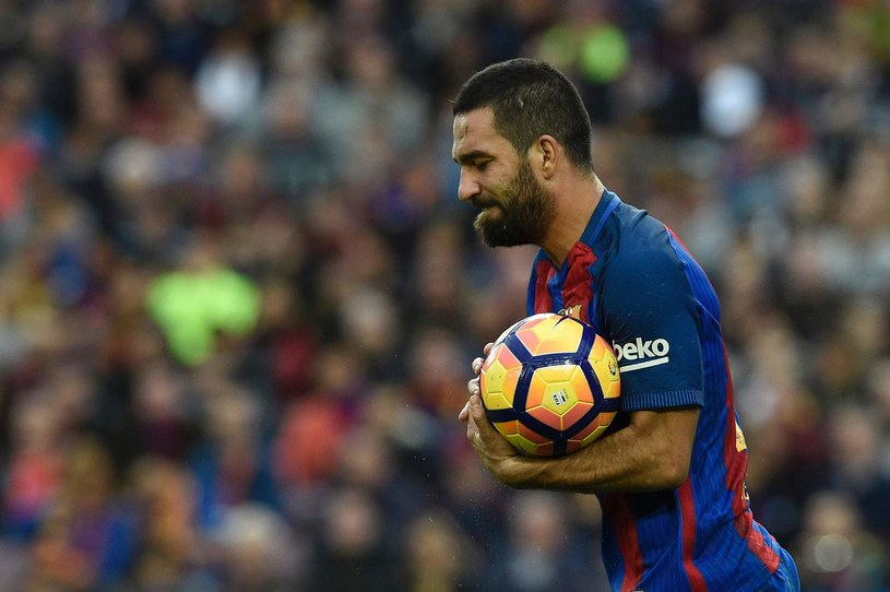 Arda Turan opuści Barcelonę? /LLUIS GENE /AFP