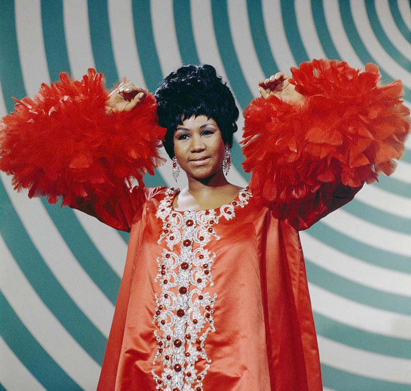 Aretha Franklin odmówiła królowej Elżbiecie. Gwiazda nie spotkała się z monarchinią ze względu na swój lęk przed lataniem /Getty Images