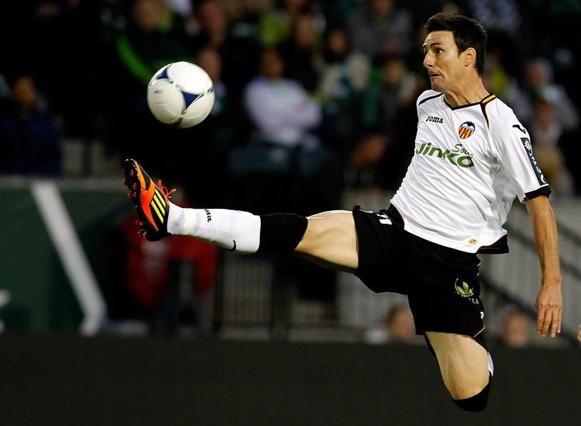 Aritz Aduriz przechodzi z Valencii do Bilbao /AFP
