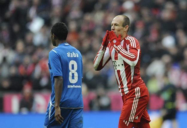 Arjen Robben fetuje bramkę zdobytą w spotkaniu Bundesligi z Hoffenheim /AFP