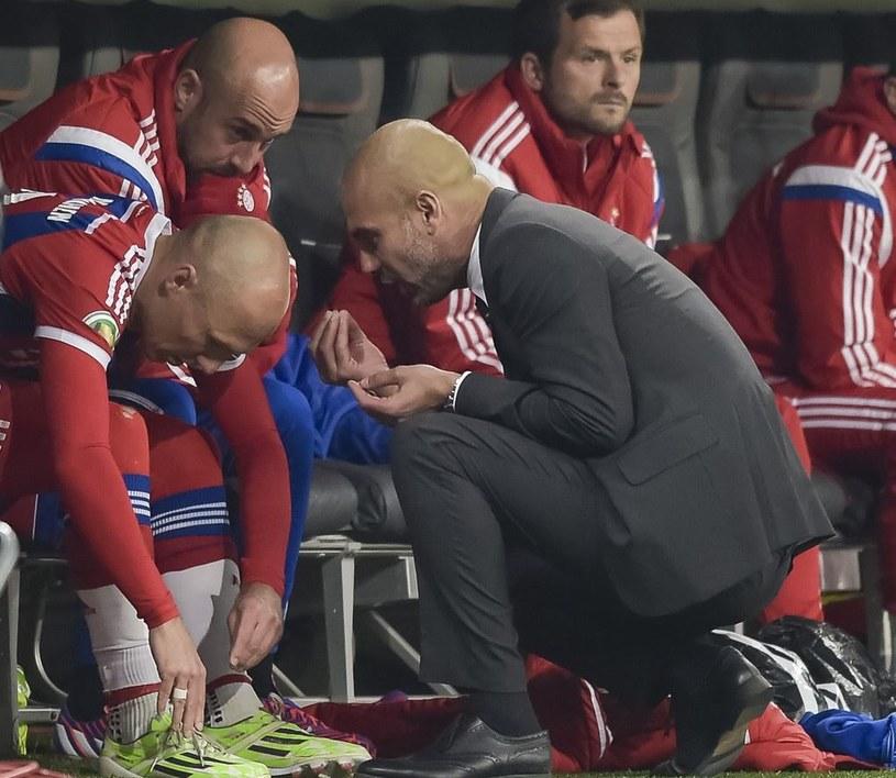 Arjen Robben i trener Pep Guardiola /AFP