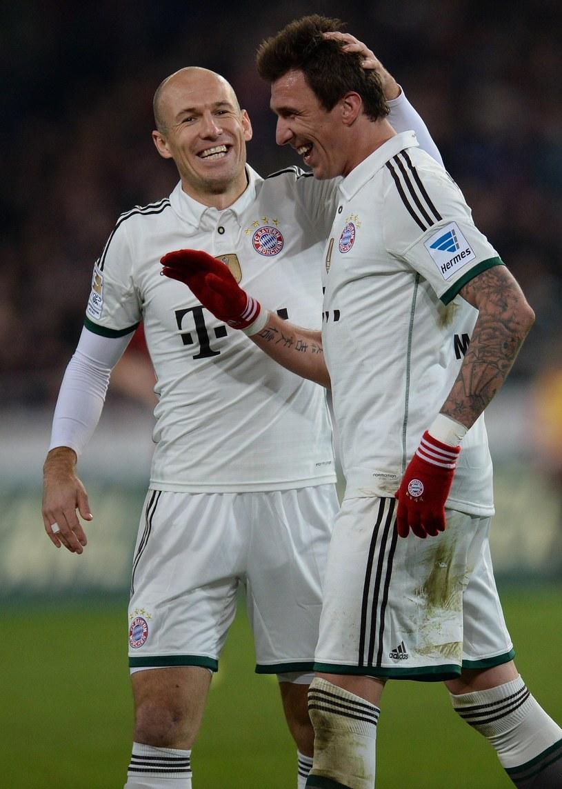 Arjen Robben (z lewej) i Mario Mandżukić z czasów wspólnej gry w Bayernie /AFP