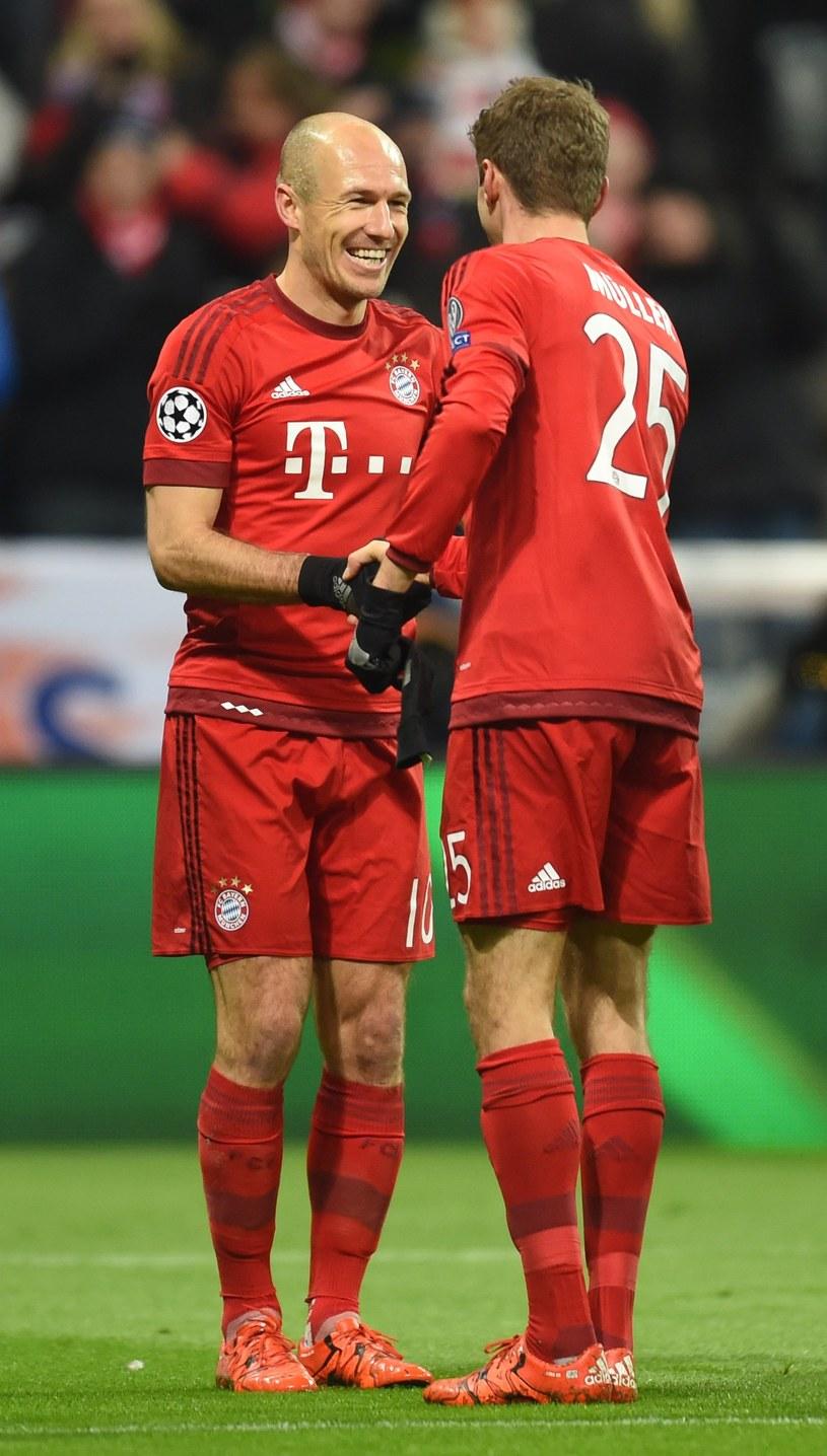 Arjen Robben (z lewej) i Thomas Mueller /AFP