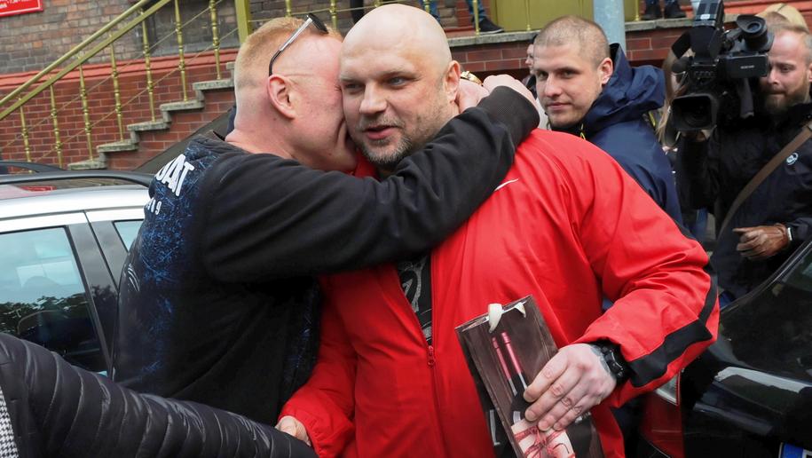 Arkadiusz Kraska po wyjściu z aresztu / Marcin Bielecki    /PAP