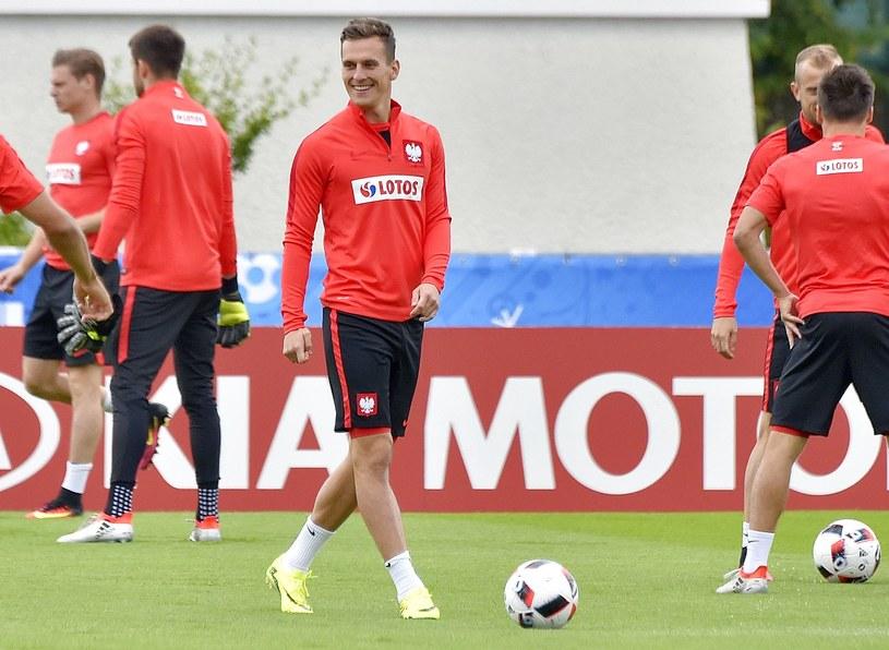 Arkadiusz Milik podczas treningu reprezentacji Polski /AFP
