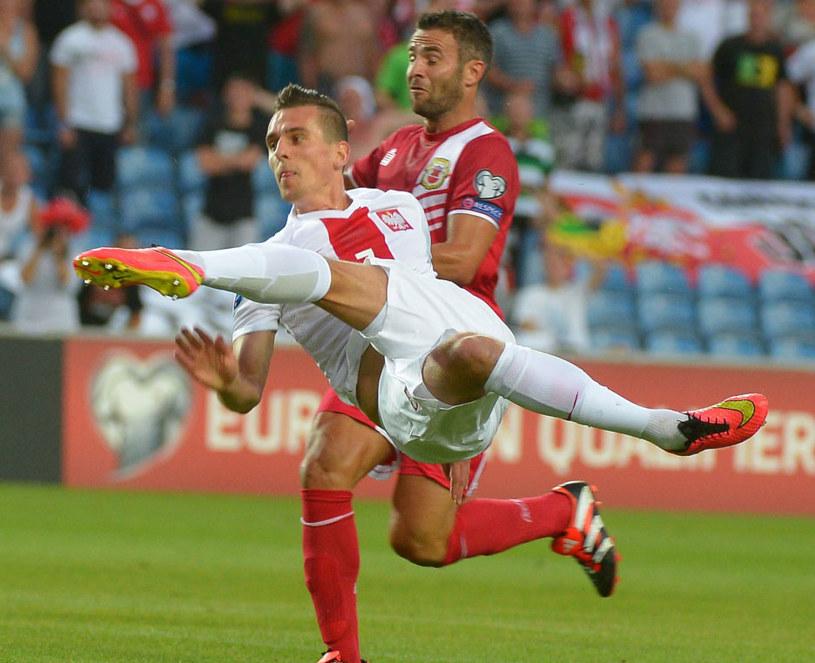 Arkadiusz Milik w akcji podczas meczu reprezentacji Polski z Gibraltarem /Bartłomiej Zborowski /PAP