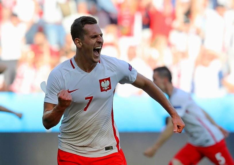 Arkadiusz Milik w koszulce reprezentacji Polski /AFP