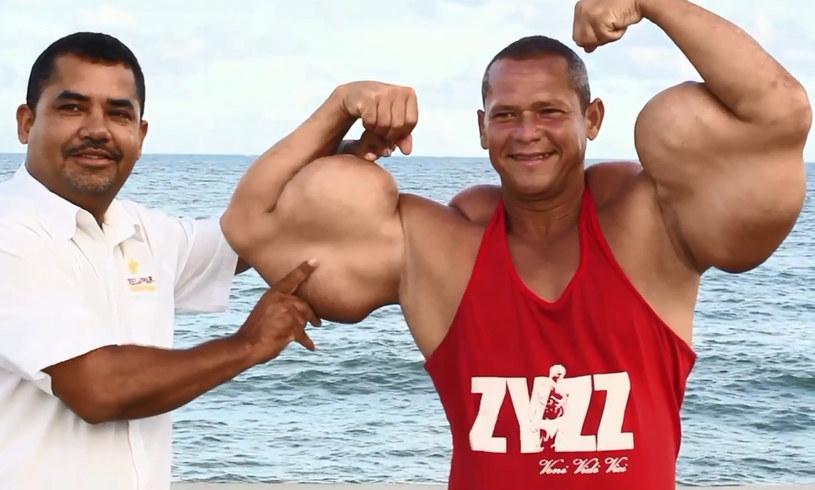 Arlindo jest dumny z tego, że jego mięśnie przyciągają uwagę /YouTube