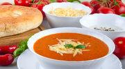 Aromatyczna zupa z pieczonych pomidorów