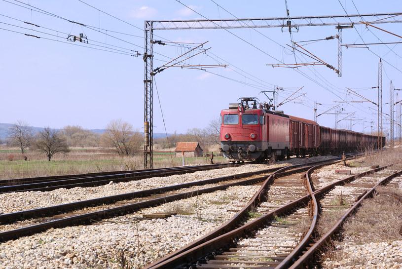 ARP wspiera lokomotywy i rakiety kosmiczne /© Glowimages