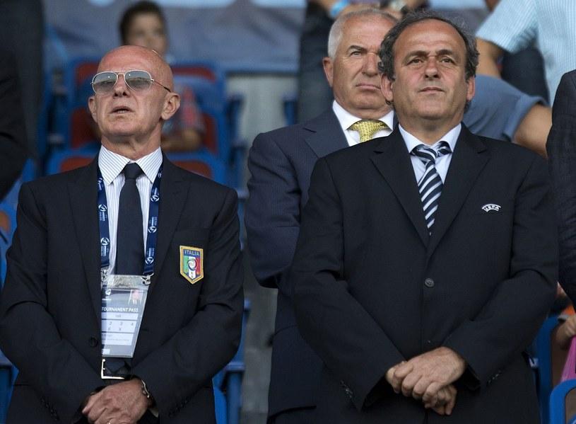 Arrigo Sacchi (z lewej) w towarzystwie Michela Platiniego /AFP