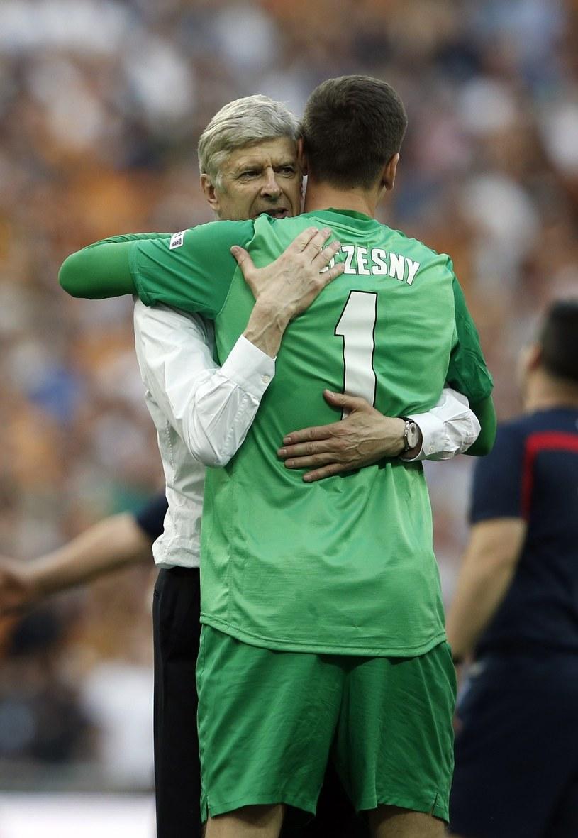 Arsene Wenger i Wojciech Szczęsny /AFP