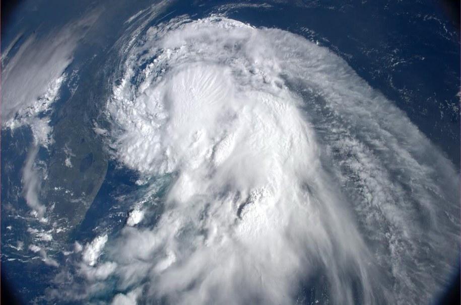 Arthur na zdjęciach NASA /ALEXANDER GERST  /PAP/EPA