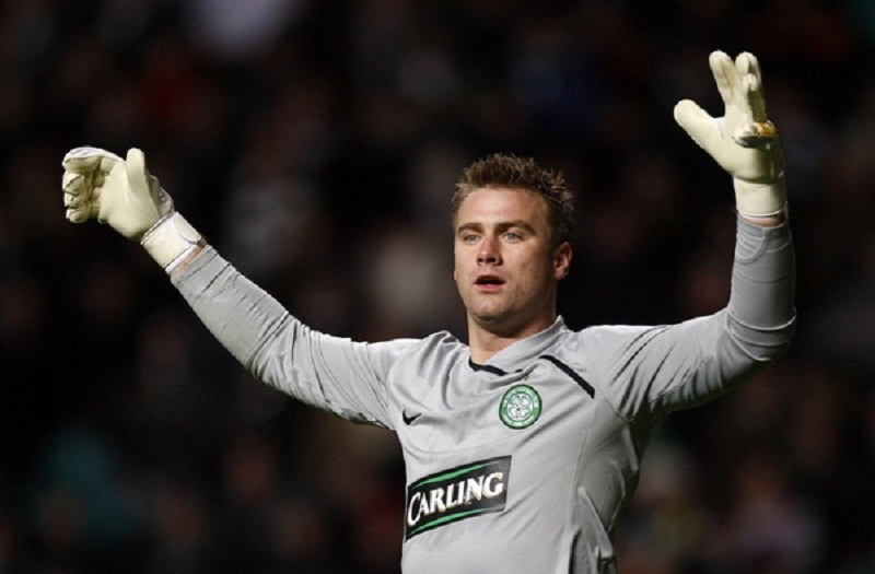 Artur Boruc największe sukcesy odnosił do tej pory w Celticu Glasgow /AFP