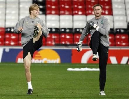 Artur Boruc podczas wczorajszego treningu na Old Trafford /AFP