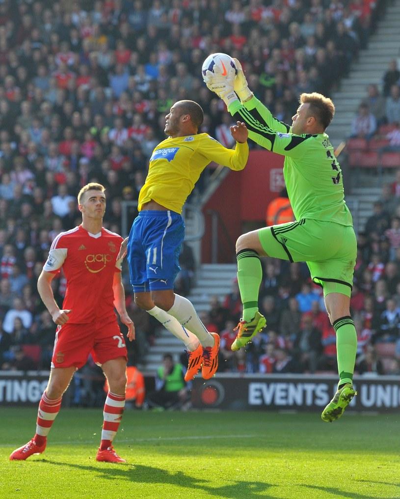 Artur Boruc w meczu Premier League z Newcastle United /AFP
