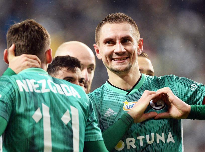 Artur Jędrzejczyk jest najlepiej zarabiającym piłkarzem polskiej Ekstraklasy /Jan Bielecki /East News