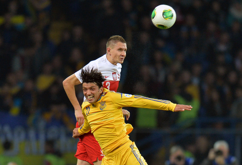 Artur Jędrzejczyk w meczu z Ukrainą /AFP