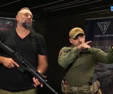 Artur Siódmiak gościem Strzelnicy Navala. Jak poradził sobie z bronią? (POLSAT SPORT). Wideo