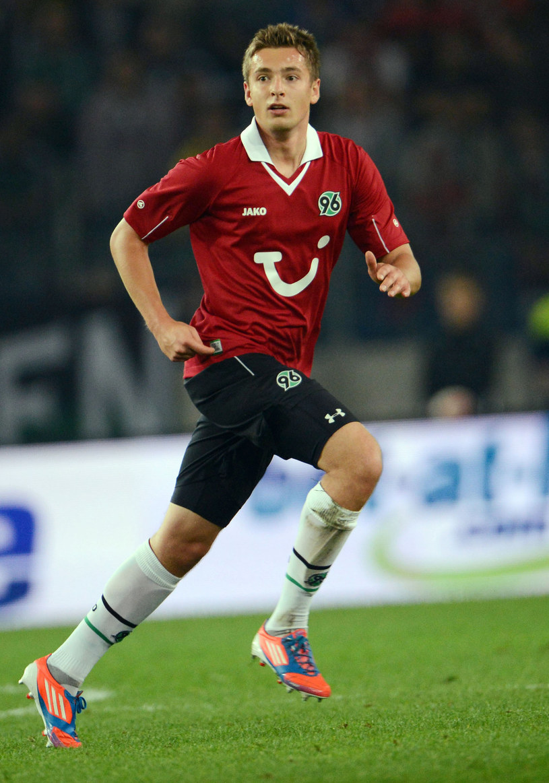 Artur Sobiech będzie miał okazję zagrać przeciwko Borussii w Pucharze Niemiec. /AFP