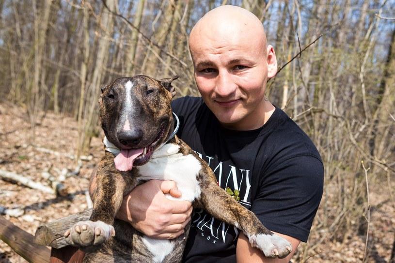 Artur Szpilka jest poirytowany zamieszaniem wokół nazwiska najbliższego rywala /fot. Szymon Starnawski /East News