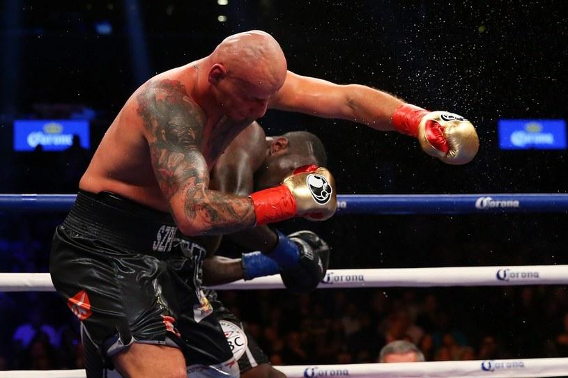 Artur Szpilka podczas walki z Deontayem Wilderem /AFP
