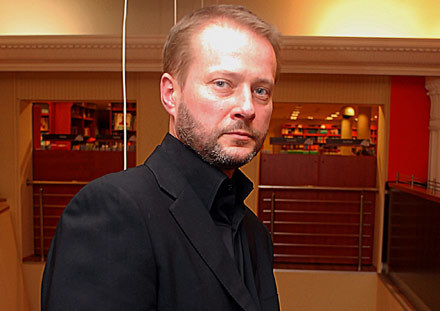 Artur Żmijewski - fot. Andrzej  Szilagyi /MWMedia
