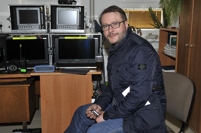 """Artur Żmijewski na planie """"Ojca Mateusza"""". /Gałązka /AKPA"""
