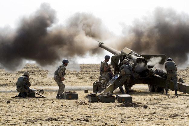 Artyleria ukraińska w okolicach Mariupola /AFP
