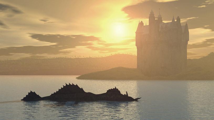 Artystyczna wizja potwora z Loch Ness /123RF/PICSEL