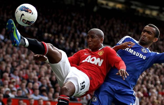 Ashley Young i Jose Bosingwa grają świątek, piątek, czy niedziela. /Getty Images/Flash Press Media