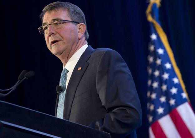 Ashton Carter: Armia USA czujnie obserwuje programy rakietowe Pjongjangu /AFP