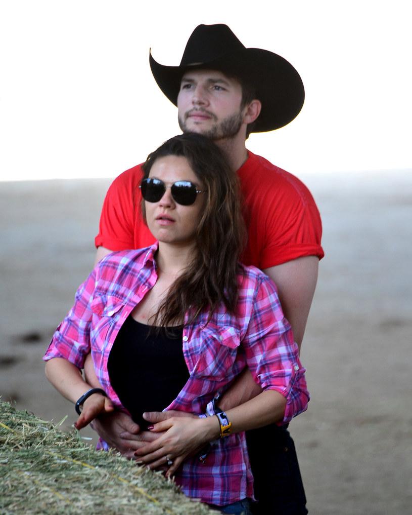 Ashton Kutcher i Mila Kunis już wkrótce zostaną rodzicami córki. /Frazer Harrison /Getty Images