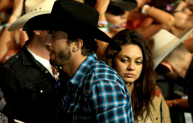 Ashton Kutcher i Mila Kunis /Chrisropher Polk /Getty Images