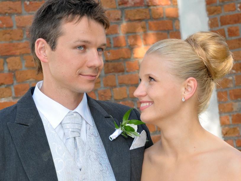 Asia (Natalia Rybicka) i Andrzej (Lesław Żurek). /Agencja W. Impact