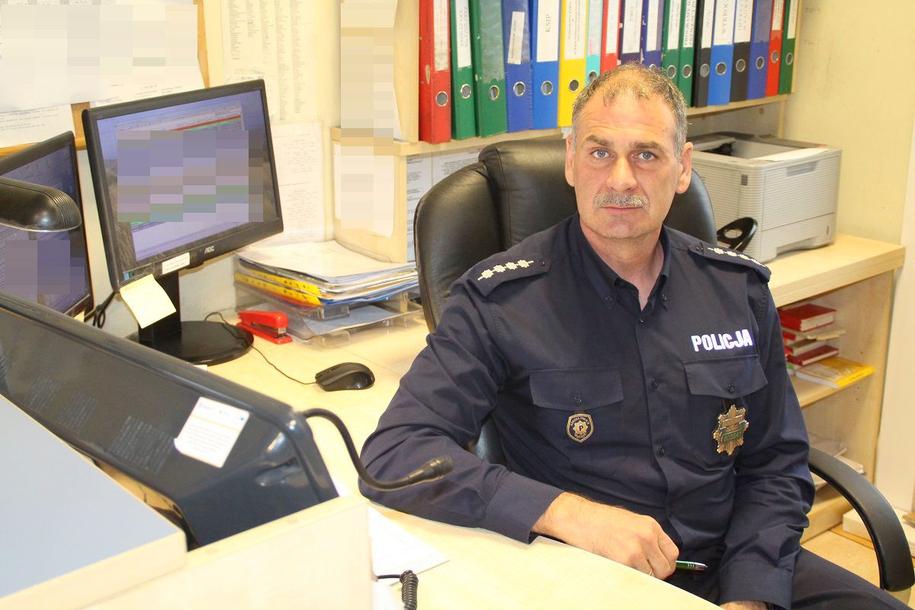 Asp. szt. Piotr Jankowski, który odebrał telefon od matki 6-latka /Policja