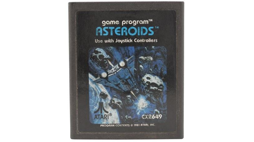 Asteroids - kartridż z grą na platformę Atari 2600 /123RF/PICSEL