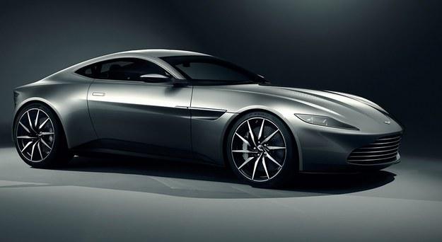 Aston Martin DB10 /
