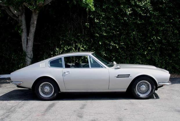 Aston Martin DBS / Kliknij /Internet