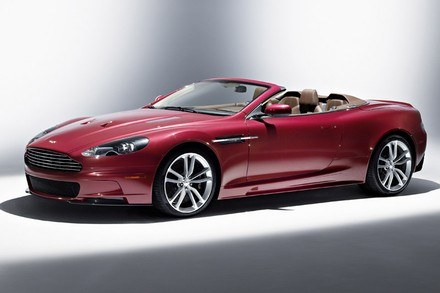 Aston martin DBS volante /