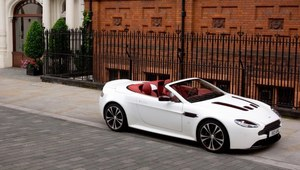 Aston Martin V12 w wersji Roadster
