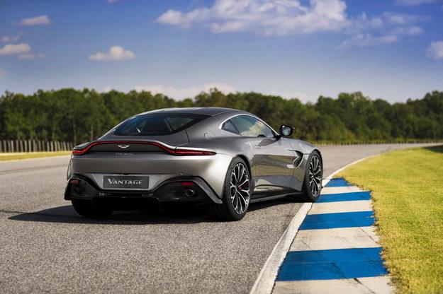 Aston Martin Vantage /Aston Martin