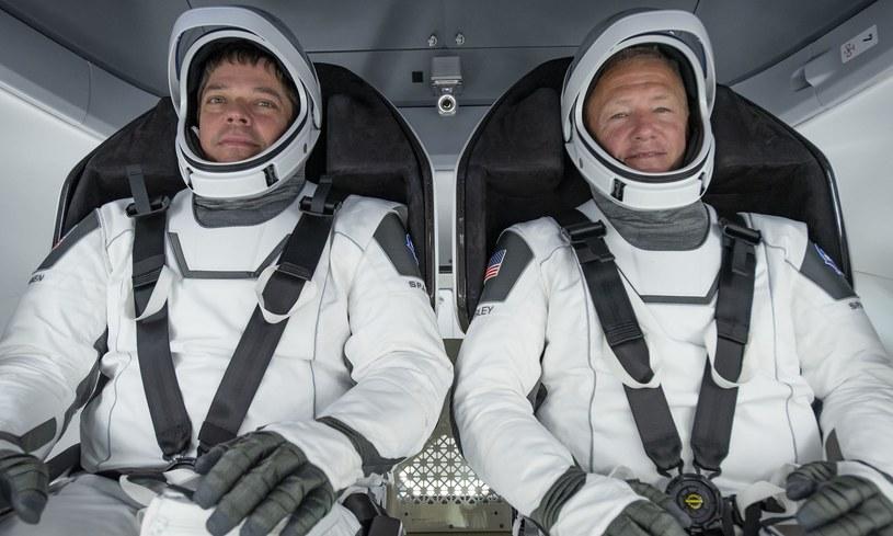 Astronauci wrócą na Ziemię statkiem Dragon /NASA