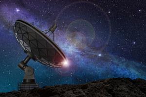 Astronomowie natrafili na tajemnicze sygnały z odległej galaktyki