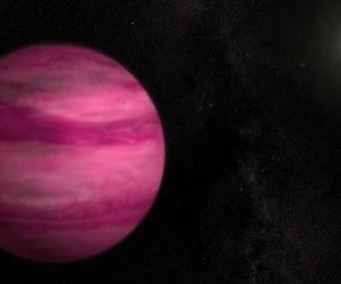 Astronomowie odkryli różową planetę
