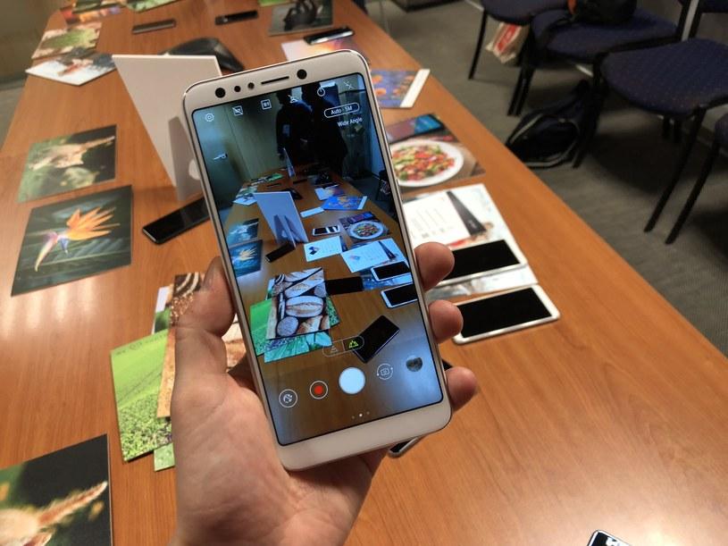 Asus ZenFone 5 lite /INTERIA.PL