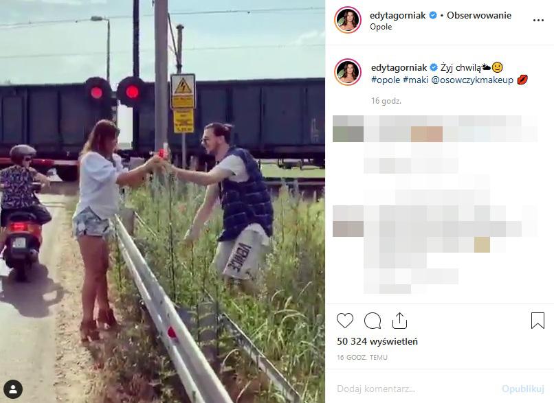 Asystent zrywa dla niej maki /Instagram